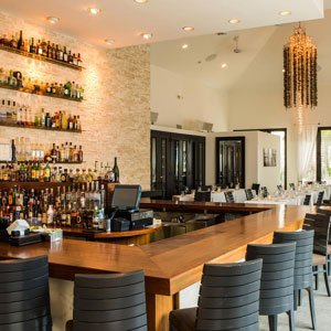 Turks and Caicos Island Stelle Restaurant Drinks and Dance